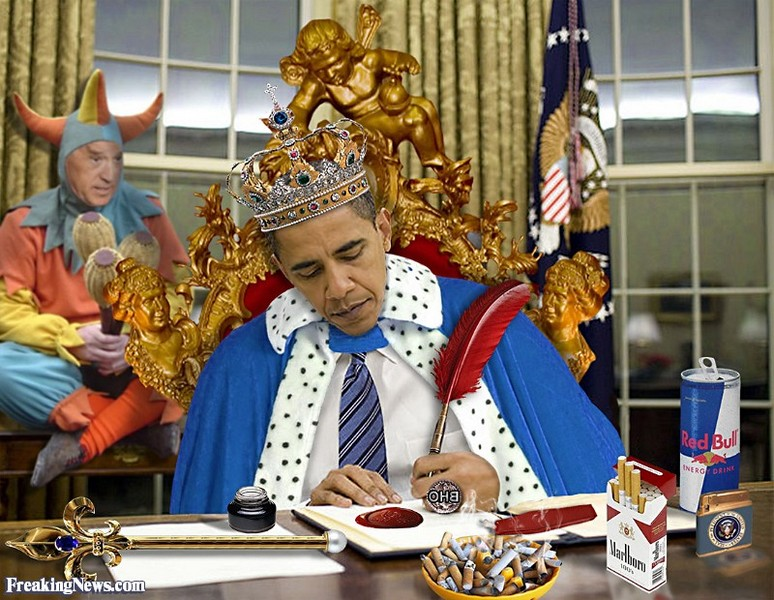 1The-King-Barack-Obama-And-His-Jester--78130