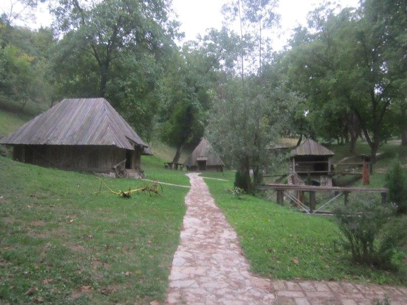 Велика Ремета. Деревня в национальном стиле.