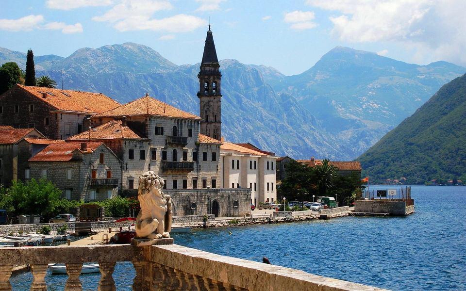 Город Пераст в Которском заливе, Черногория
