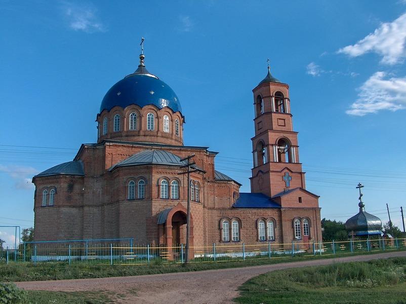 В Утевке считают, что стены и купол храма Святой Троицы были возведены согласно рекомендациям Григория Журавлева / Фото: АНДРЕЙ СЕМАШКО