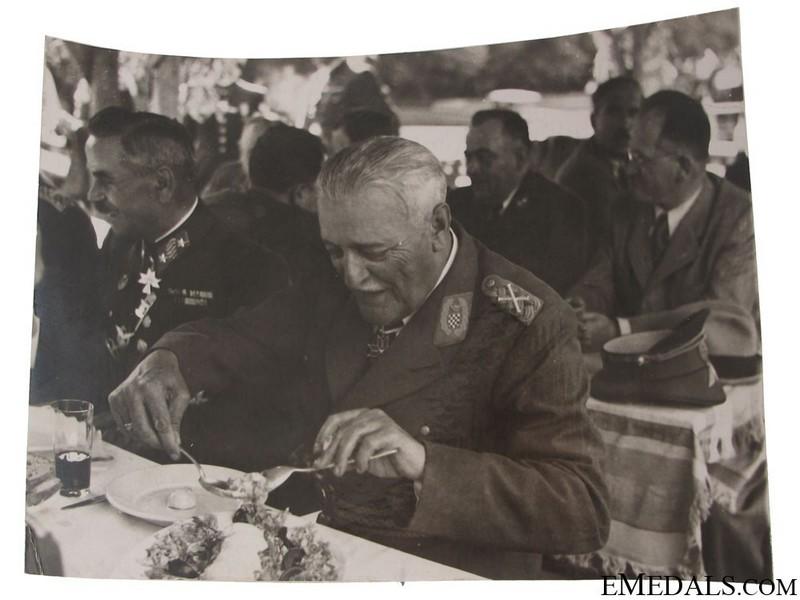 Маршал Славко Кватерник (1878-1947), министр вооружённых сил НГХ