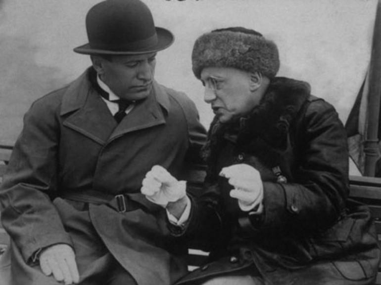 Бенито Мусолини и Габријеле Д'Анунцио 1930. godine