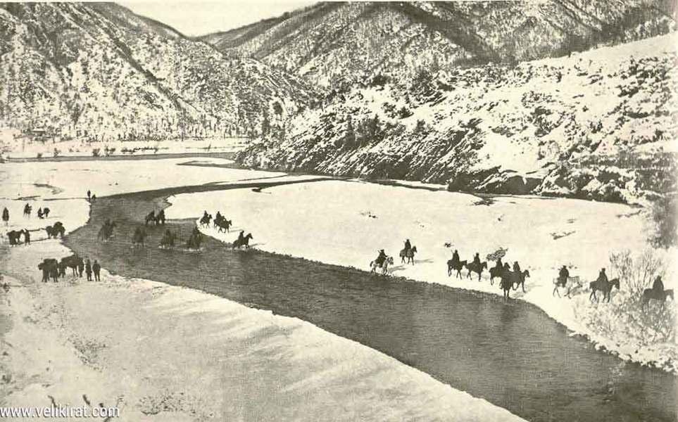 Албанска голгота у зиму 1915/16: српска војска прелази рѣку Дрим