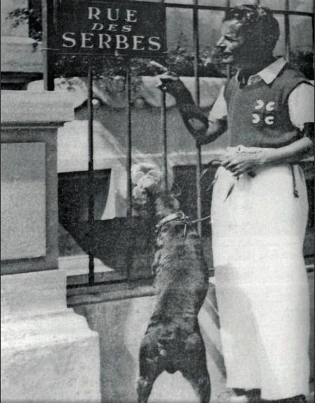 Љубомир Мицић у Српској улици у Кану, 1934.