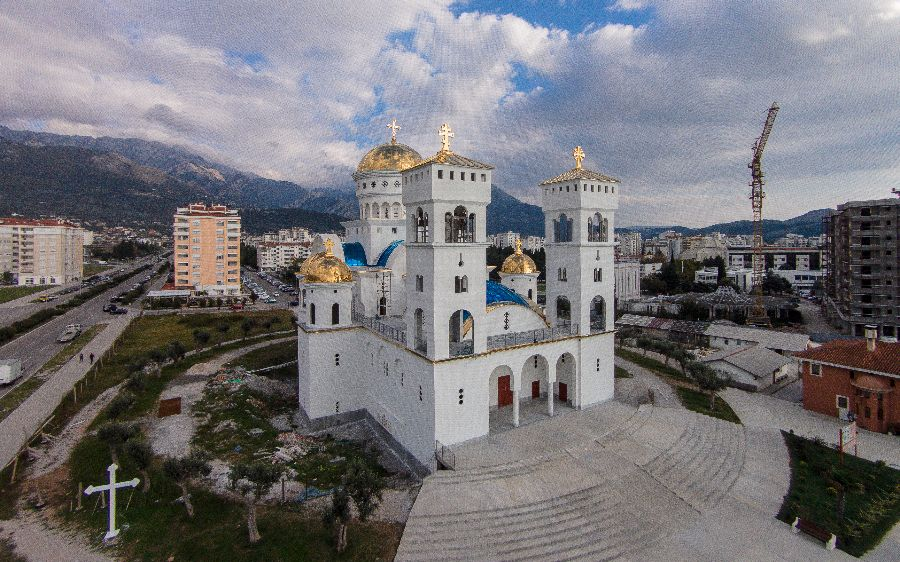 Саборни храм Светог Јована Владимира у Бару