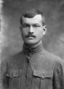 Прадѣда Кузма Лобанов, ратовао у Првом свѣтском рату, погинуо у Другом свѣтском рату под Смолѣнском