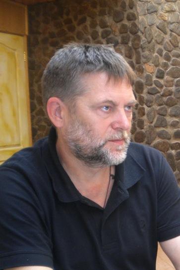 Иван ЈЕСАУЛОВ (професор, доктор филолошких наука, теоретичар и историчар руске литературе)