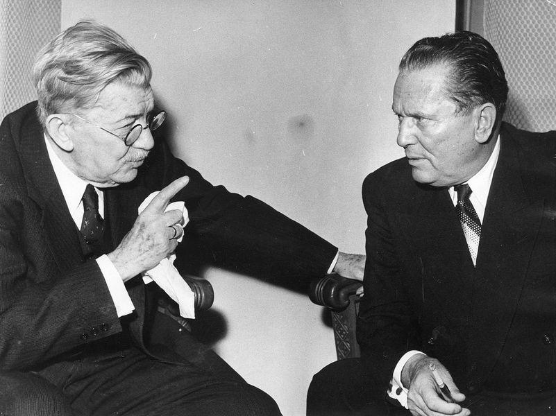 Александар Бѣлић и Јосип Броз Тито. Фотографија Стевана Крагујевића из 1954. године